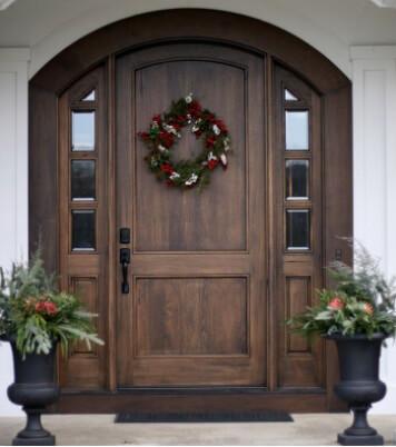 дверь деревянная входная с коробкой