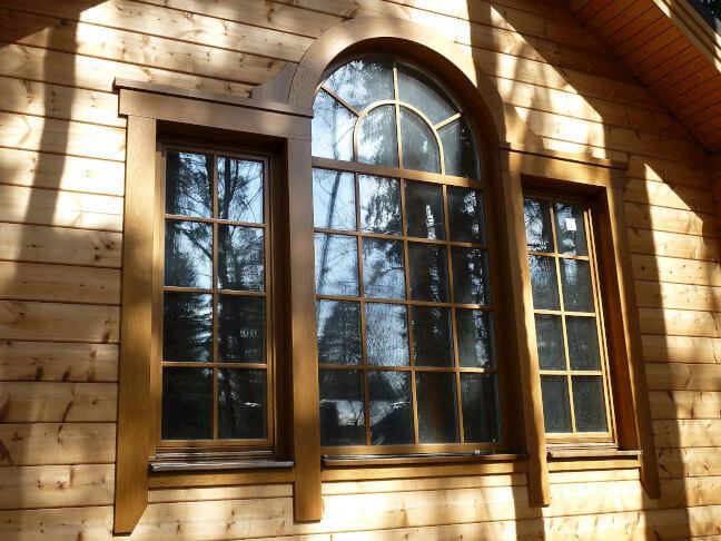 фото элитного деревянного окна и стеклопакета