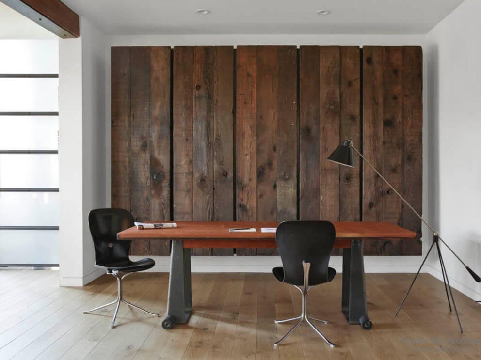 использование дерева на стенах